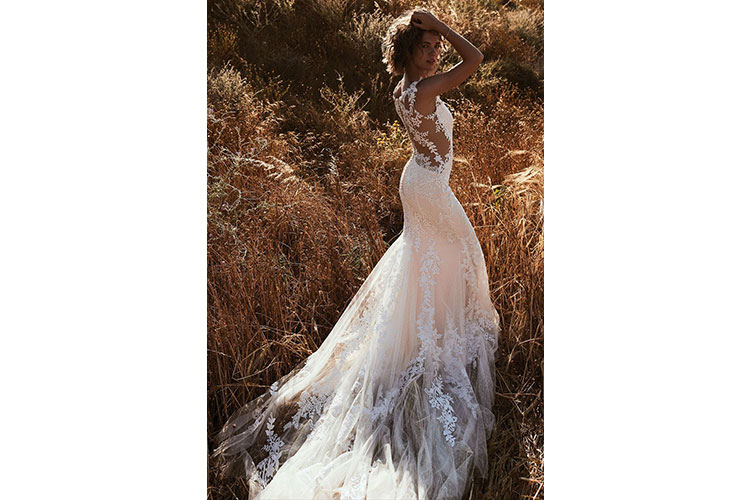 A boho chic bride by Lillian West 6